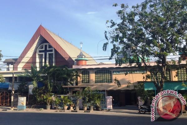 Masjid Dan Gereja Berdampingan Bukti Indonesia Bisa Rukun