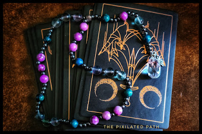 Foresight Friday Divination Reading Using the Threads of Fate Oracle