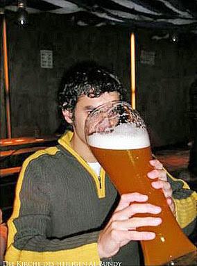 Extrem großes Weißbier Glas lustig