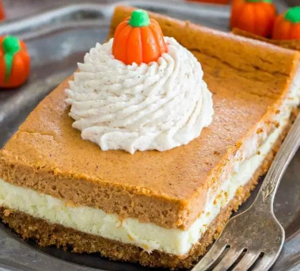 The Ultimate Pumpkin Cheesecake Bars #desserts #cake