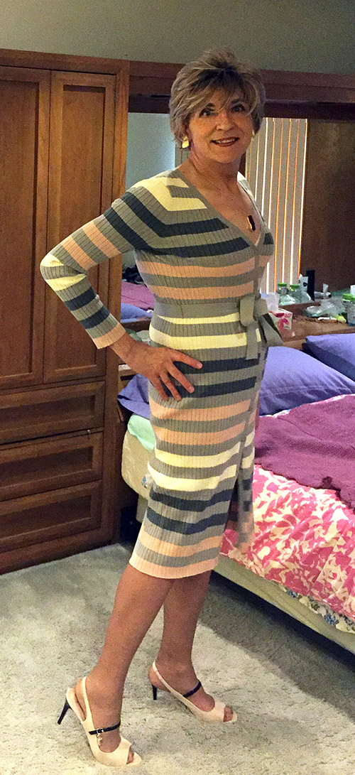 Wearing JustFab button front sweater dress and JustFab Sofie peep toe pumps