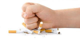Guru-guru di Sekolah Tidak Boleh Merokok