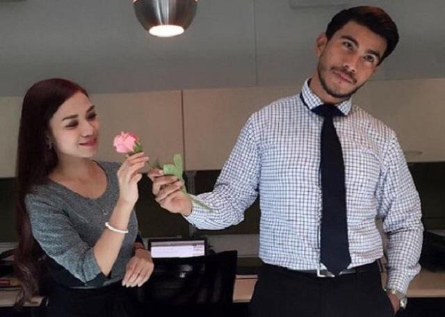 """""""Ruhainies Dan Saya Hanya Teman Rapat, Bukan Kekasih"""" – Azrel Ismail"""