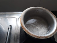 pan with water image
