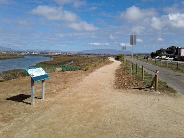 Bayshore Bikeway walking path at 7th Street