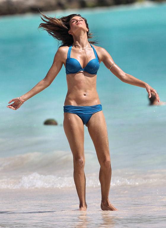 Bikini Modeling 17