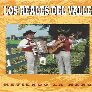 los reales del valle metiendo la mano