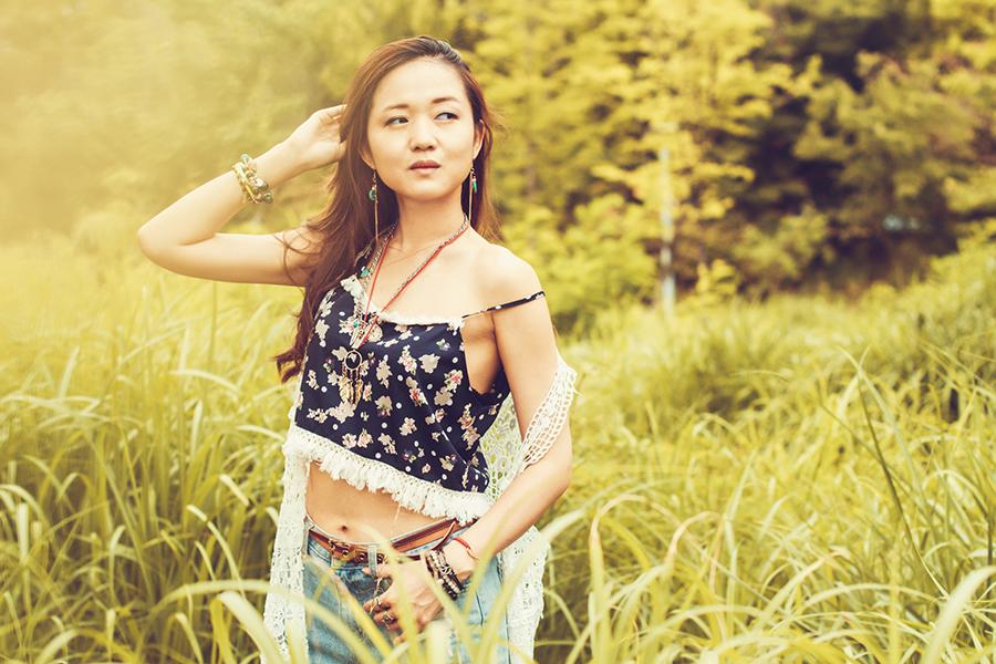 модная одежда, korean fashion, основы корейской моды, корейская мода, корейские бренды, стиль хиппи, кроп-топ, лето 2015, дитя природы, аксессуары в стиле хиппи, модный образ в стиле хиппи, лето тренд