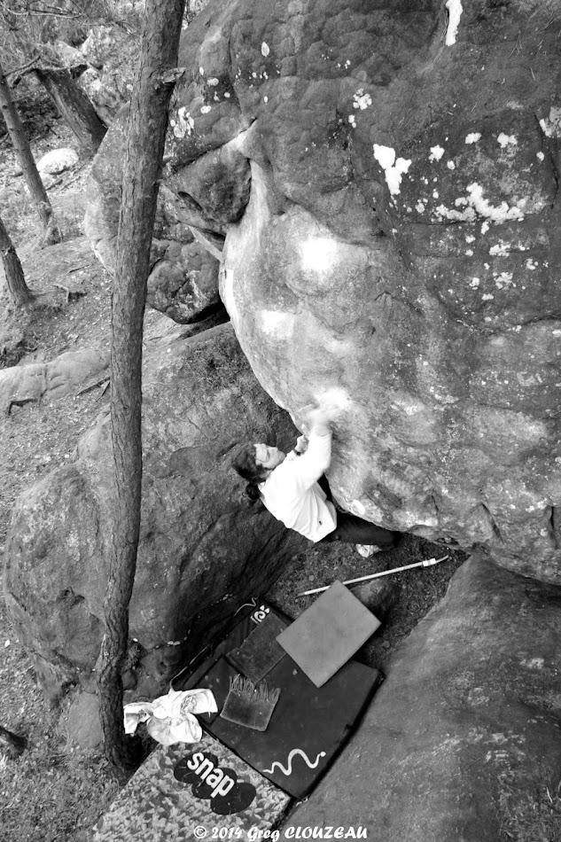 Guillaume se lance à l'assaut des Grimpeurs se cachent pour médire, 7A Rocher Canon