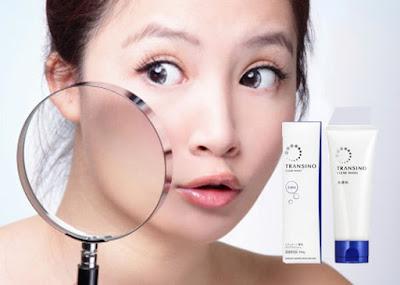 Sữa rửa mặt Nhật Bản Transino Clear Wash giúp làm sạch da sâu, nuôi dưỡng làn da ẩm, trắng mịn