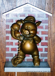 "pierre rouzier_Disney - ""phone hog"" sculpture"