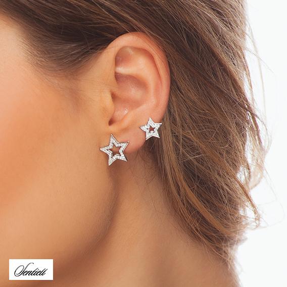 Nausznice gwiazdki, biżuteria z gwiazdkami, motyw gwiazdy, kolczyki gwiazdki srebrne, modna biżuteria