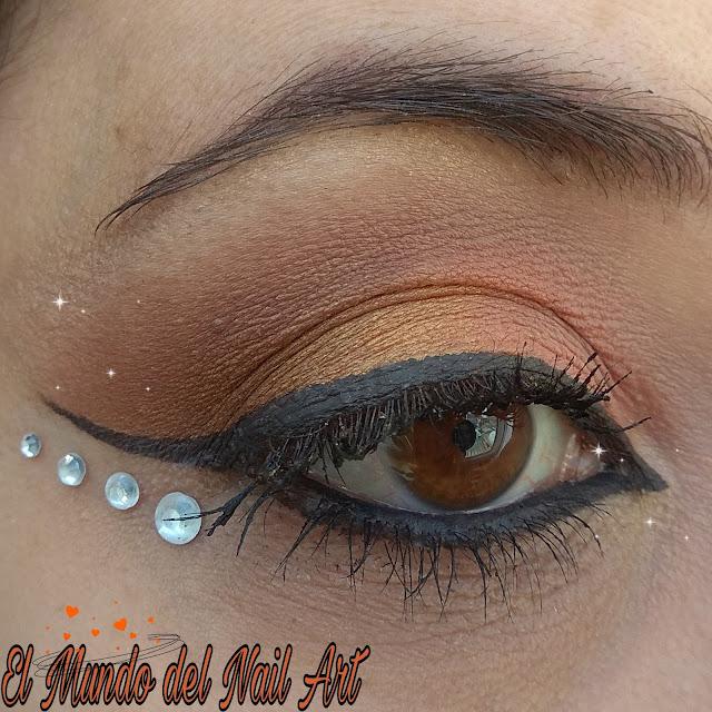 https://www.notino.es/makeup-revolution/x-friends-paleta-de-sombras-de-ojos/