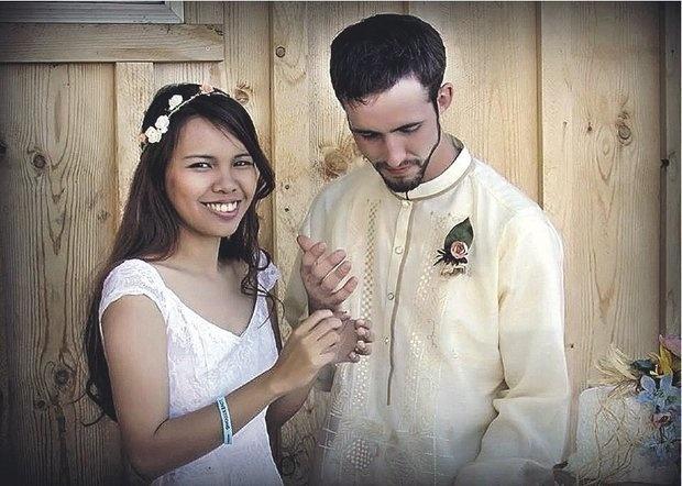 Amazing, Foto Pernikahan ini Kembali jadi Sorotan Netizen