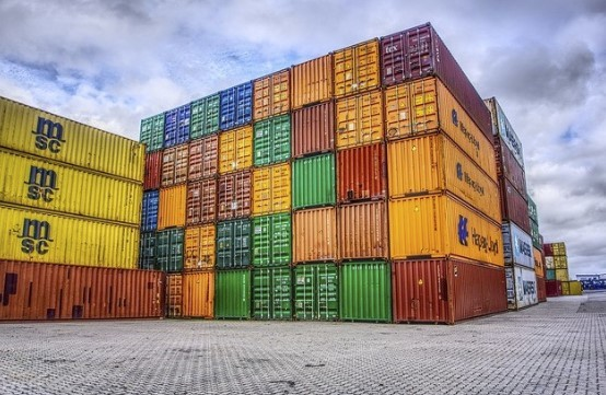 Crise logística deixa 40% das cargas de carnes suína e frango paradas nos portos
