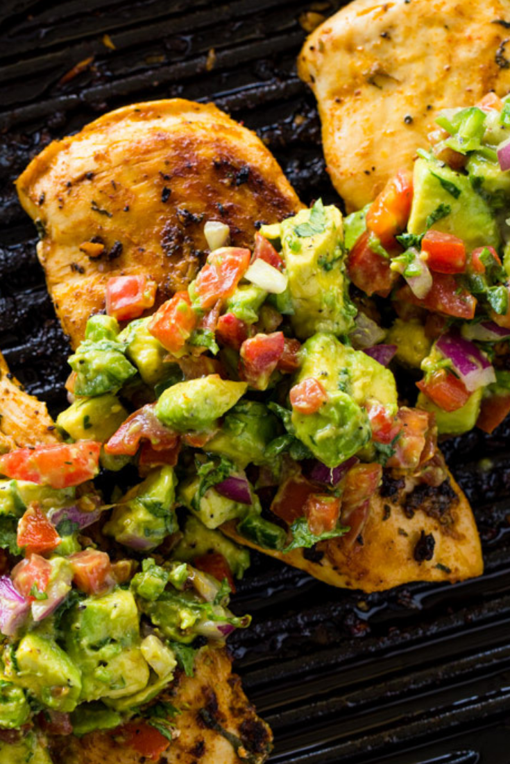 UNDER 30 MINUTES KETO RECIPE GRILLED CHICKEN WITH AVOCADO SALSA