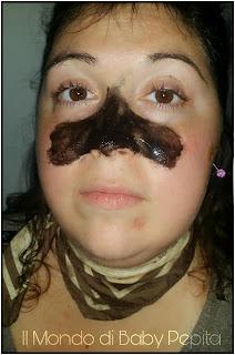 Black mask applicata