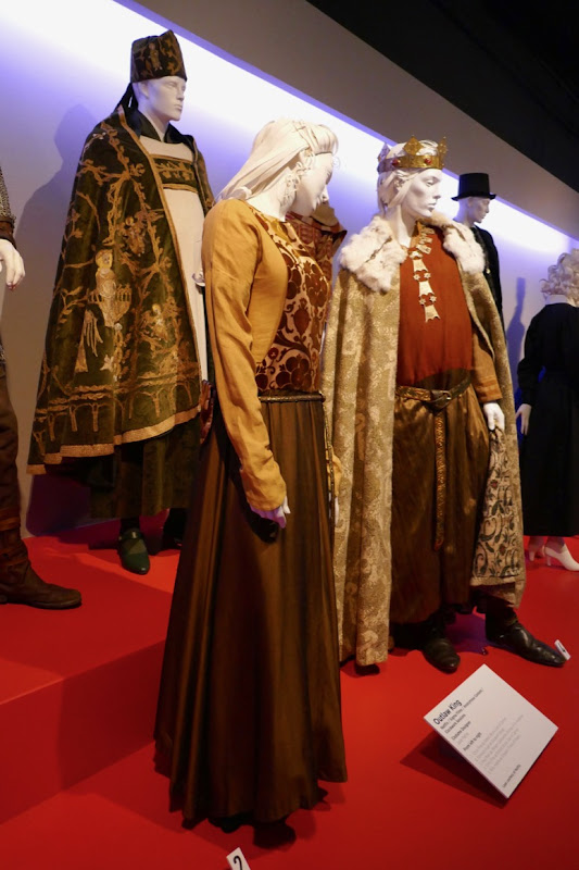 Outlaw King film costumes