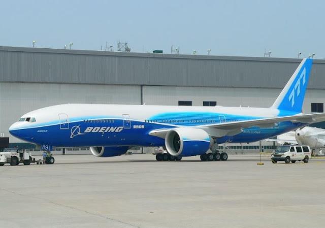 Boeing 777-200LR specs