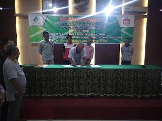 PT Agrotamex Sumindo Abadi Lakukan Penandatangan Perjanjian Kerja Bersama Dengan PK KSBSI Muaro Jambi Dan PK KSBSI Tanjab Timur.