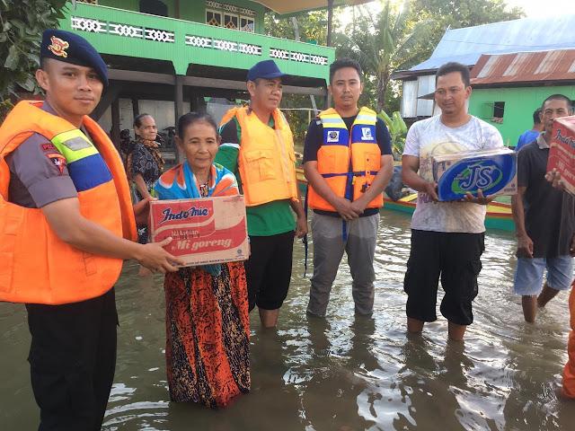Meski Danyonnya Masih BKO di Jakarta, Personel Yon C Pelopor Sat Brimob Polda Sulsel Tetap Eksis di Daerah Bencana