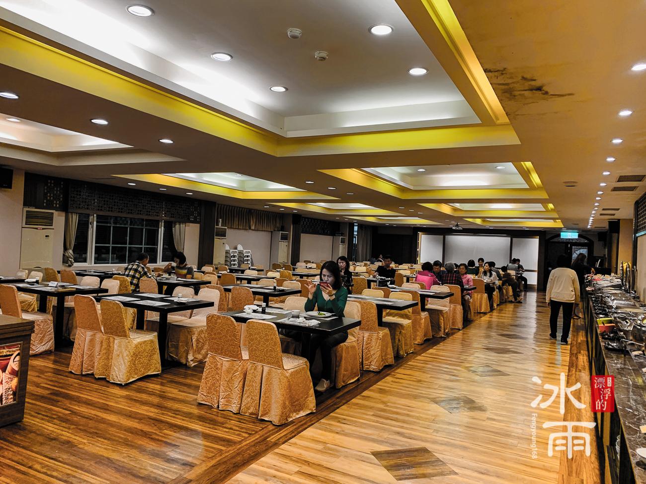 川湯春天溫泉飯店德陽館|早餐空間
