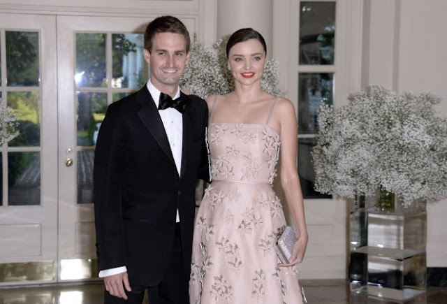 Miranda Kerr is gorgeous at the White House Nordic State Dinner