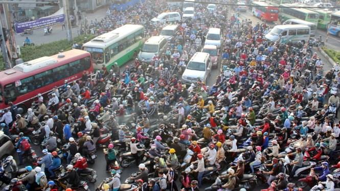 Traffic jam - common thing in Vietnam