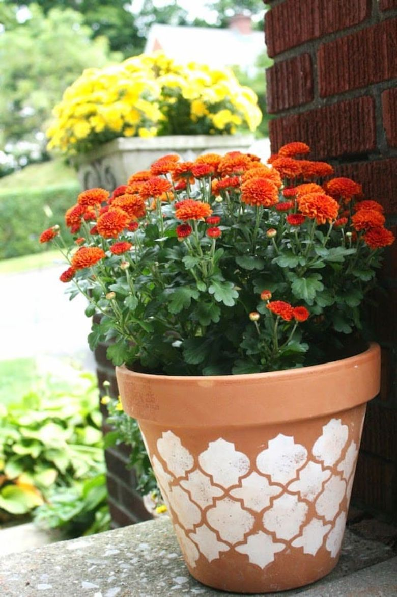 stenciled flower pot painting ideas