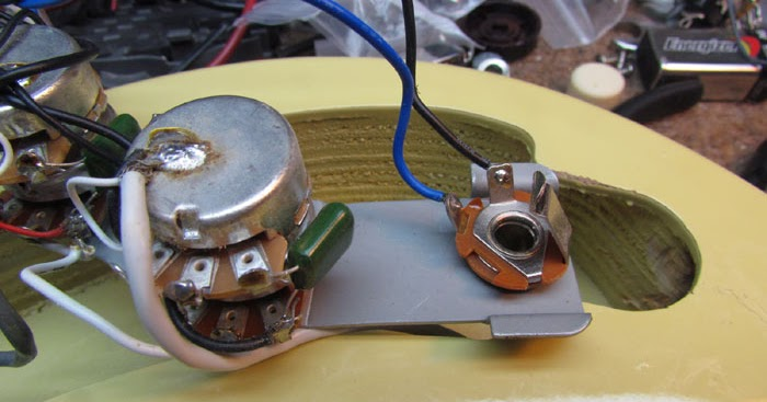 Danelectro Stratoblaster Wiring And Installation Crawls Backward  When Alarmed