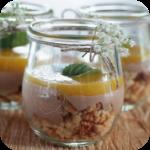 Cantuccini-Schoko-Mango Dessert, im Glas serviert