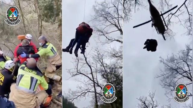 Unidad de Vigilancia y Rescate de la Ertzaintza: mujer con lesión en tobillo, zona boscosa. Evacuamos con grúa