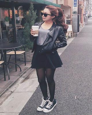 outfits negros irreverentes con converse