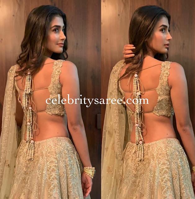 Pooja Hegde Backs Less Blouse