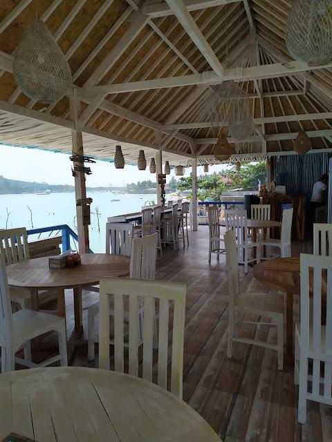 island beach cafe nusa ceningan