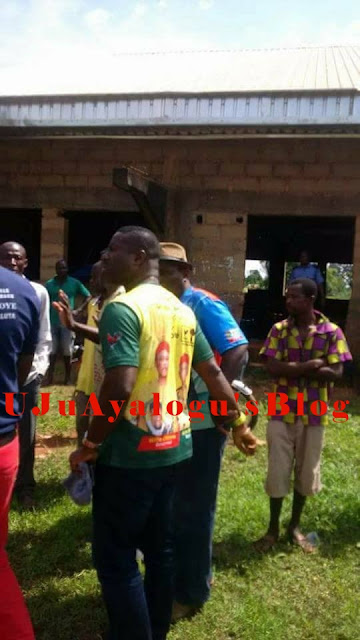 APC and APGA Supporters Engage in Brutal Fight in Anambra State (Photos)