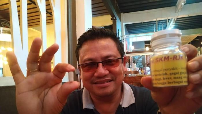 Warga Garut Klaim Mampu Obati Orang Terpapar Corona