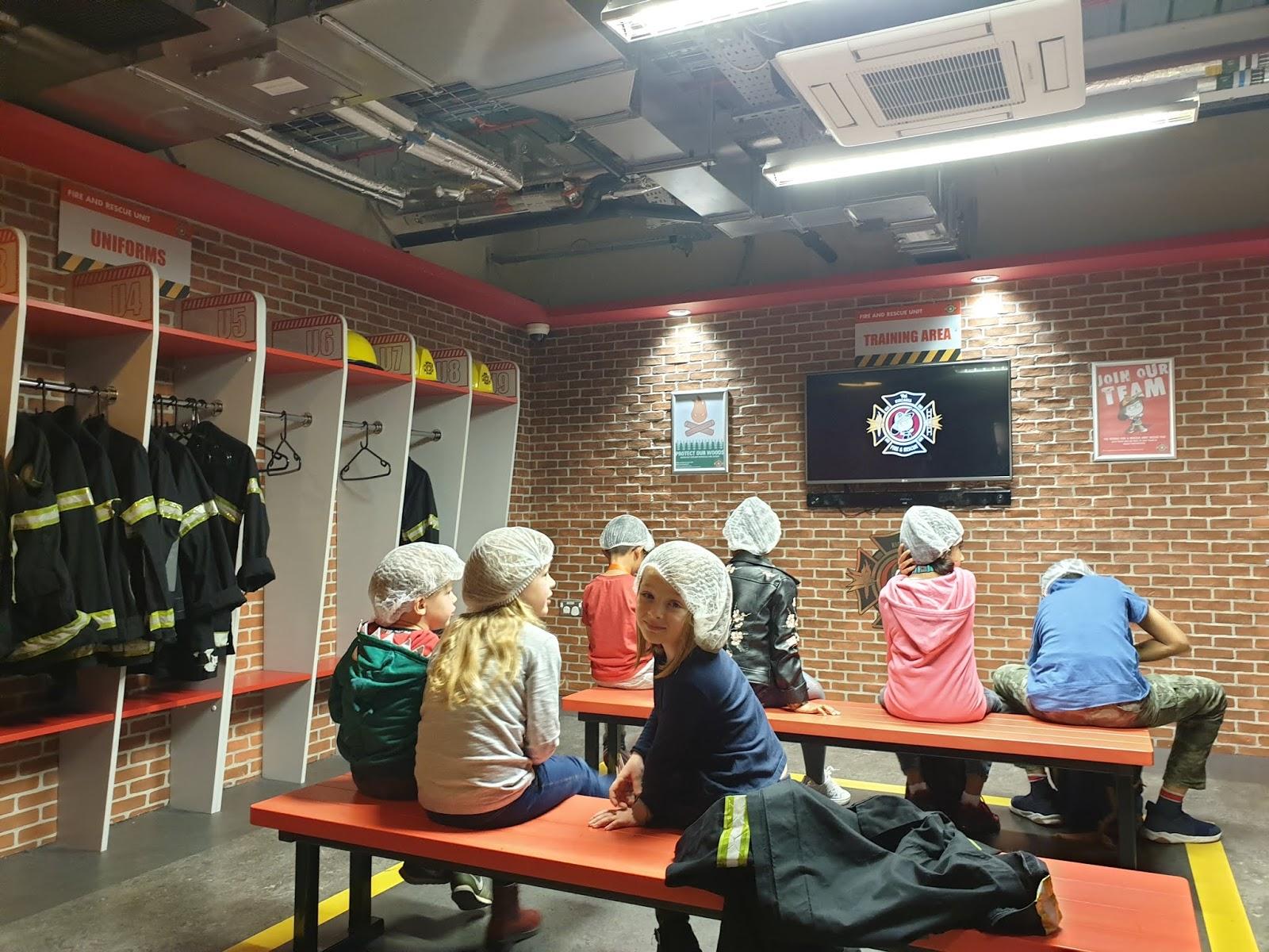kidzania firefighter academy