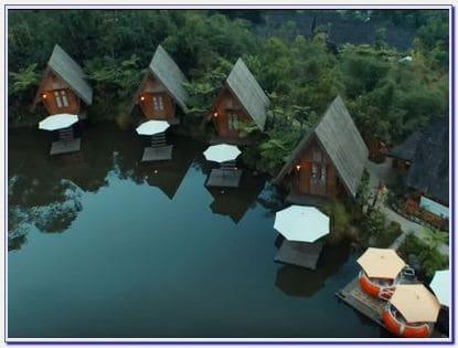Dusun Bambu Buka Jam