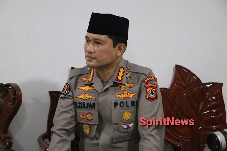 Kapolri Silaturahmi ke Ketua MUI Sulsel K.H. Sanusi Baco, LC
