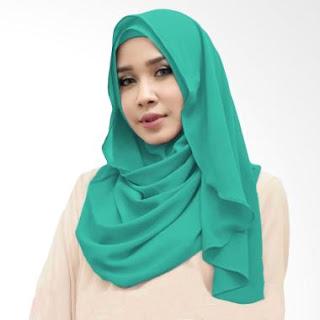 Hijab Hijau Tosca Favorit dari Bahan Katun Terbaik