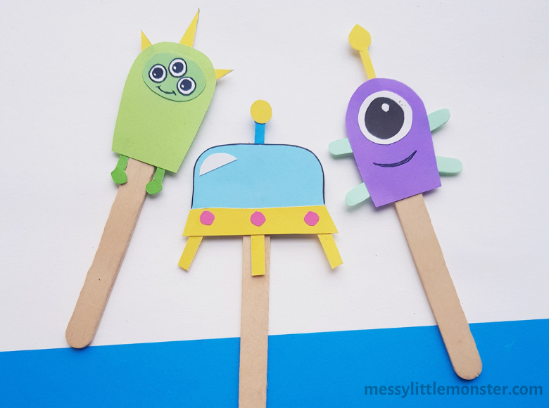 Alien puppets. Easy stick puppet craft.