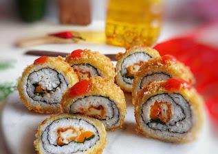Kurisupiimaki Sushi (クリスピー巻き寿司)