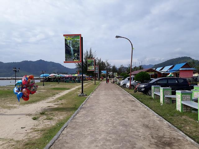 Pantai Bosur Pandan