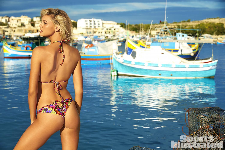 Kelly Rohrbach Awesome Bikini Wallpaper