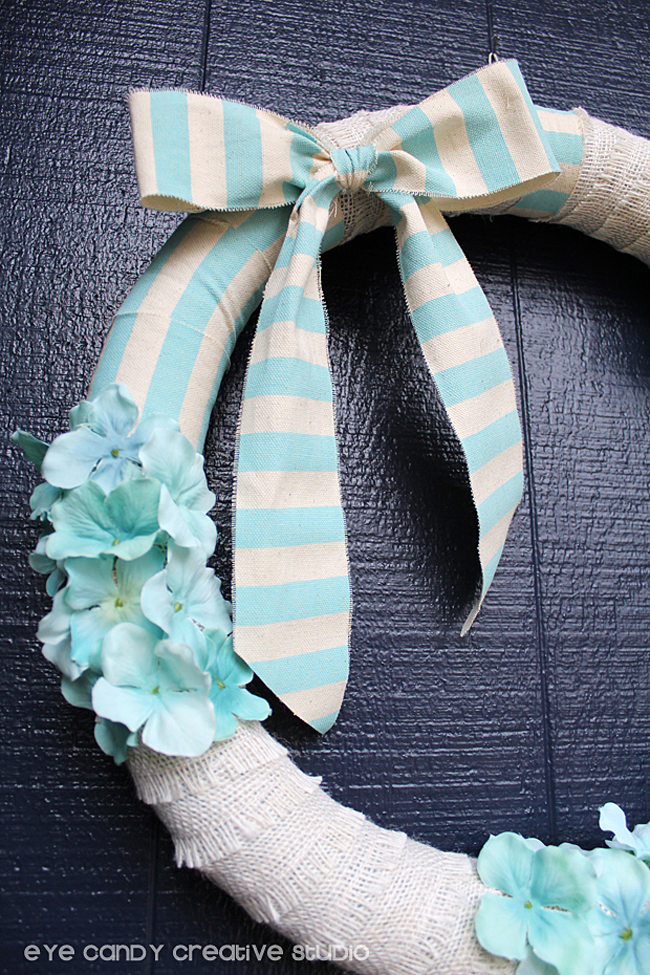 blue flowers, blue striped burlap ribbon, burlap bow, front door wreath