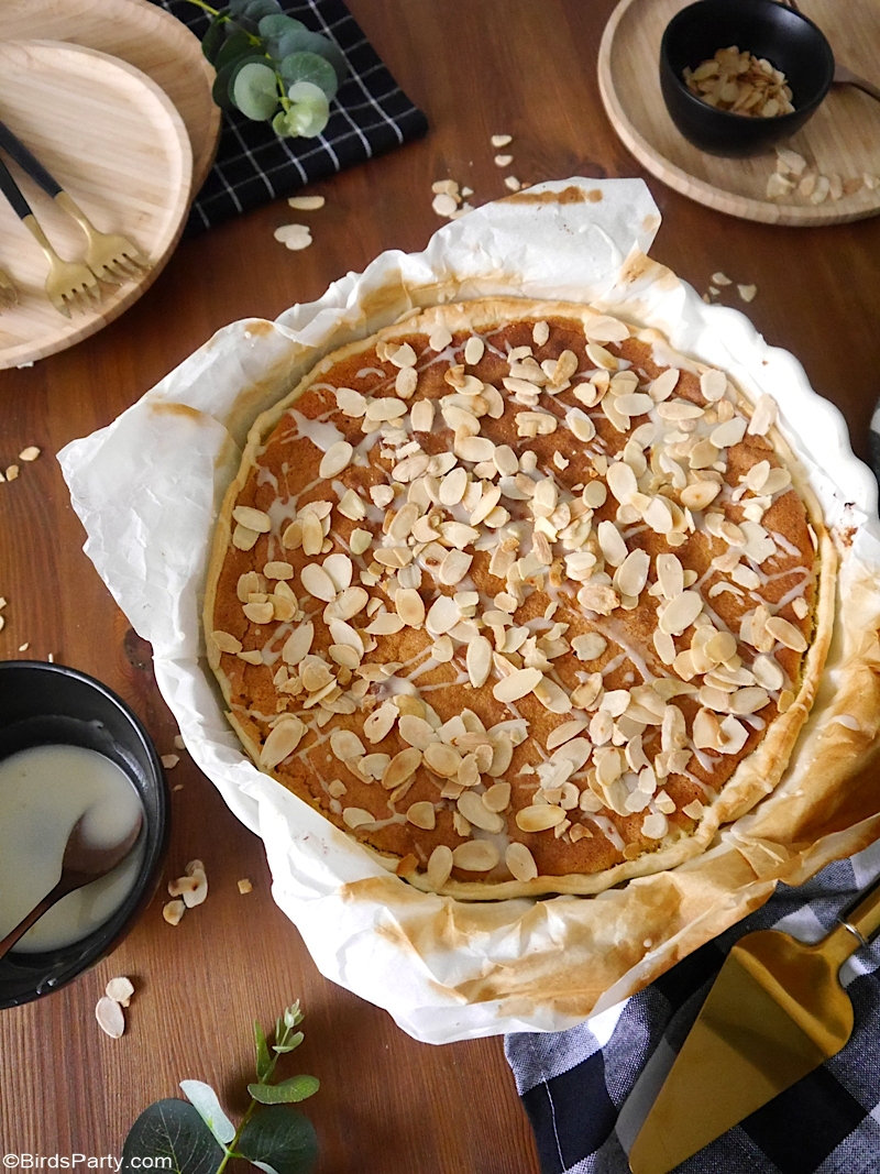 Bakewell Tart Recipe with Store Cupboard Ingredients - quick, easy and delicious tart recipe to make this Fall or for Thanksgiving! by BIrdsParty.com @BirdsParty #bakewelltart #recipe #pie #tart #thanksgiving #thanksgivingpie #pierecipe #almonds