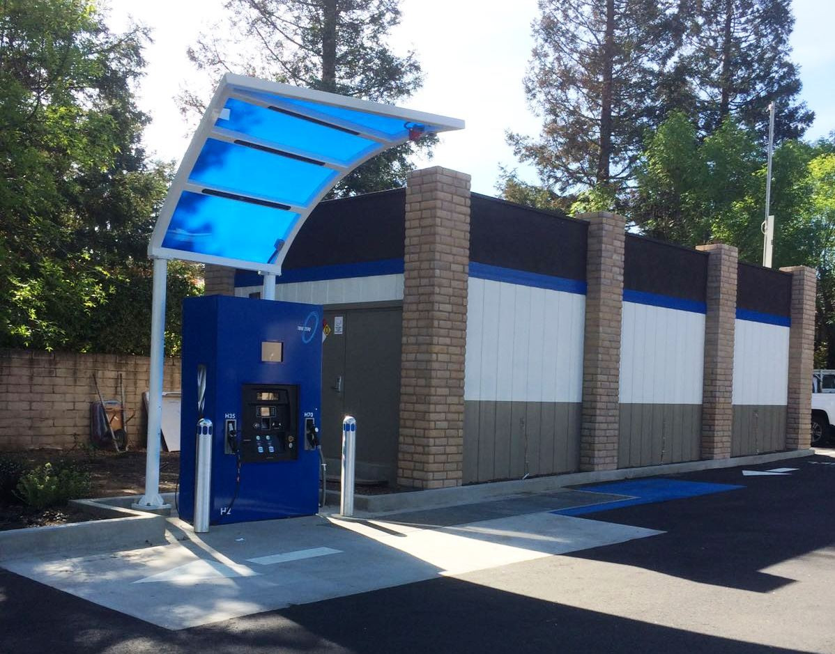 Hydrogen Fueling Stations >> First Hydrogen Refueling Station in Saratoga is Now Open - California Energy Commission Blog