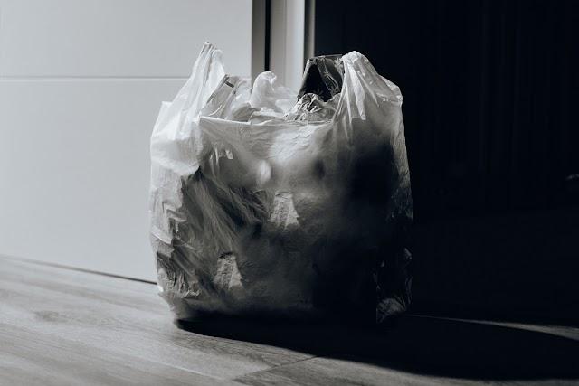 ¿Es preferible usar bolsas de papel en vez de las plásticas?