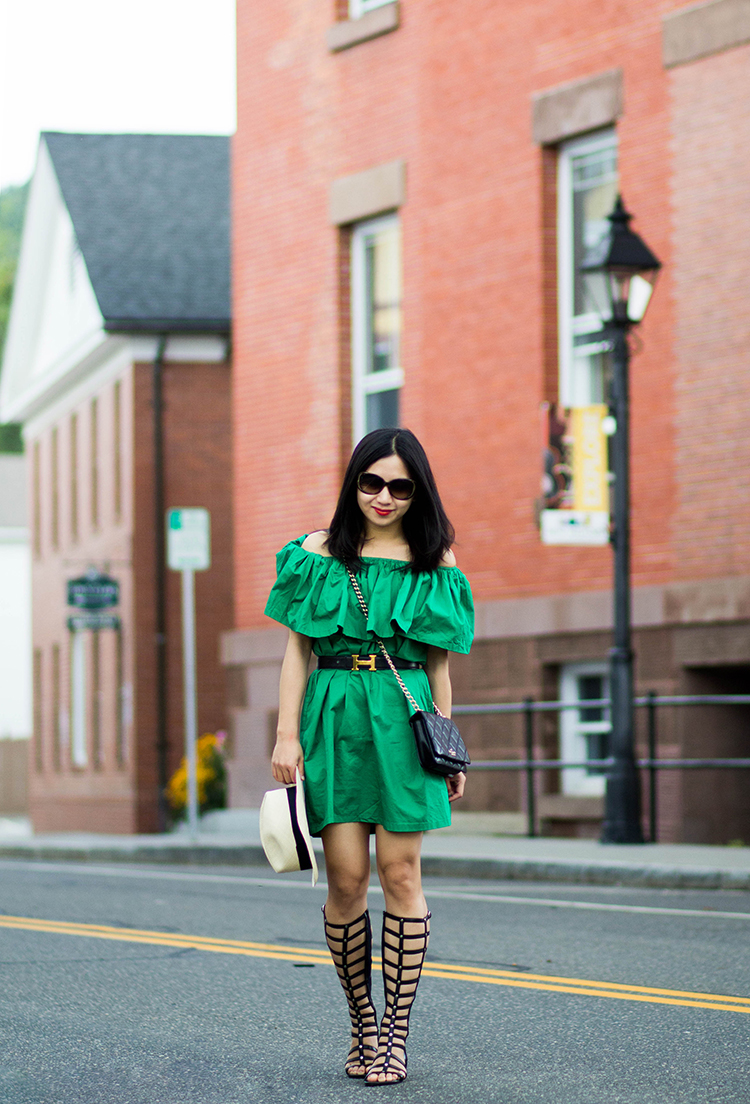 3 Ways to Wear an Off-the-Shoulder Dress